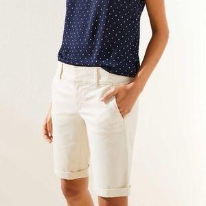 Ann Taylor size 12 NWOT white Bermuda shorts